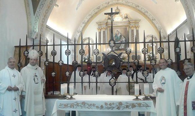 Εορτή Αγίου Δομίνικου στην Ιερά Μονή των Δομινικανίδων Αδελφών στη Σαντορίνη