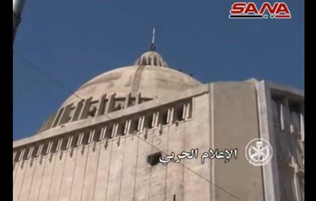 Οι τουρκόφιλοι τζιχαντιστές βομβάρδισαν καθολική εκκλησία στο Χαλέπι (βίντεο)