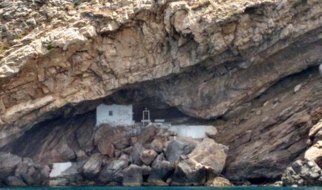 Πυραυλάκατος «Γρηγορόπουλος»: Αποστολή «συντήρηση του Αγίου Στεφάνου» στη Σύρο